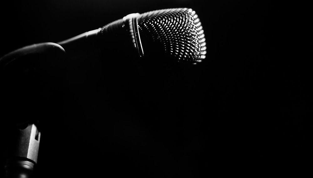 Microphone Microphone Stand Microphone Head Microphone Check Black And White Blackandwhite Black And White Photography Blackandwhite Photography Art Light And Shadow Light Art Photography Photographer