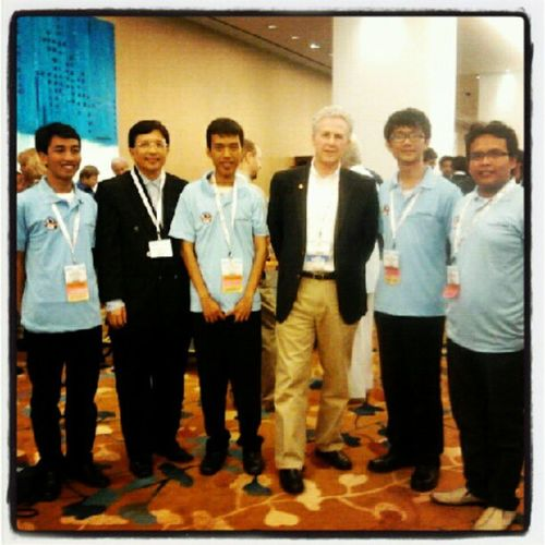 """with president AAPG Mr. Edward A. """"Ted"""" AAPG AAPGICE ICE2012 Singapore"""