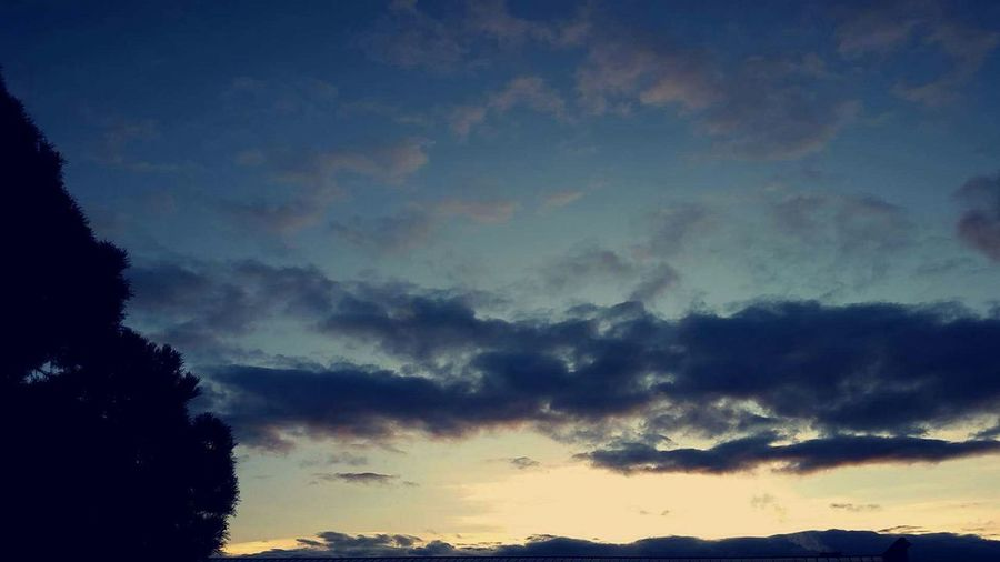 One of those crazy skies 😍 Crazysky Morning Sky Crazyclouds Skyporn Clouds And Sky Nature Photography Nature_collection Naturelovers Enjoying Life Contrast And Lights Graficsky Contrasting Colors Sunrise Sunrise And Clouds