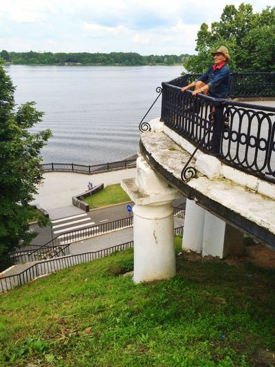 Check This Out Hanging Out Taking Photos Russia Yaroslavl Volga River Россия Ярославль набережная Волга | из архива