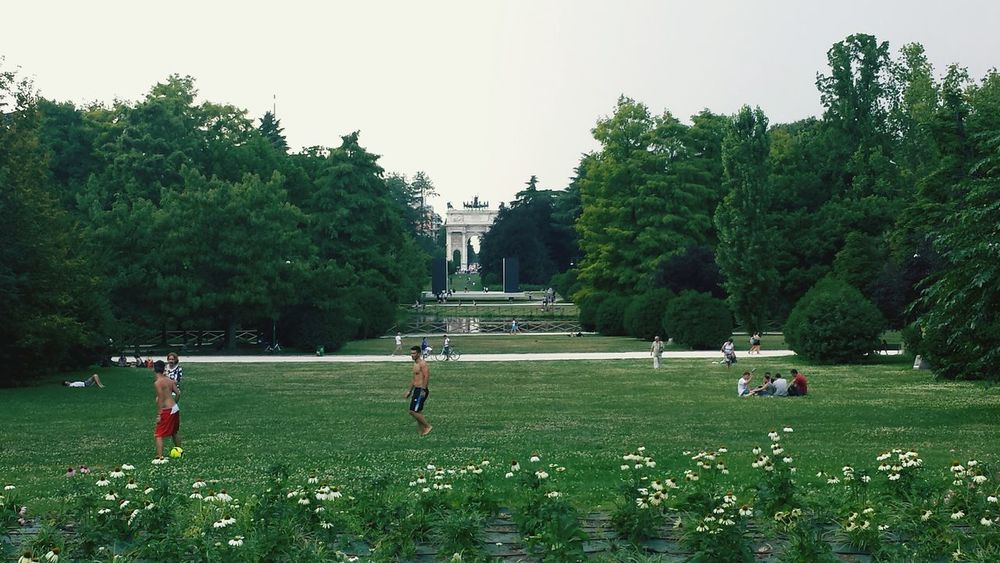 Milan Park Parco Sempione Hanging Out Tourism Italy