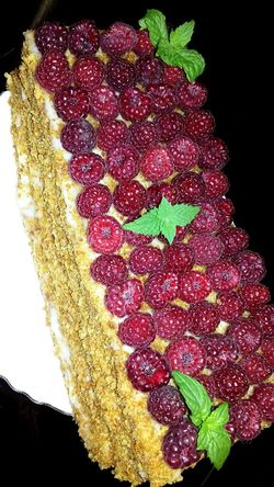 Black Background Plant Part Indoors  No People Food And Drink Freshness Celebration Fruit Holiday Studio Shot Beauty In Nature Christmas Berry Fruit Decoration Nature Food Red Leaf Plant Close-up Sweet Food Summer Raspberry