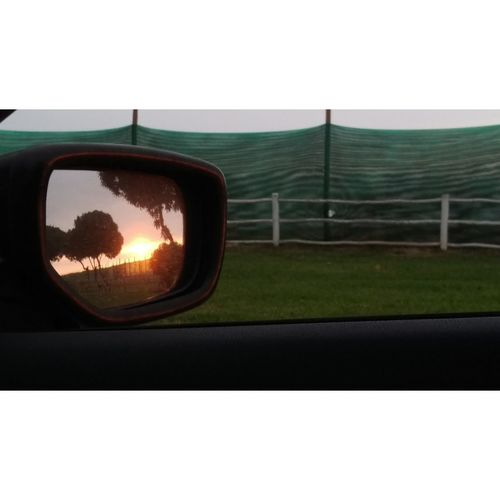 Casual Shot No Filter Transportation Side-view Mirror Vehicle Mirror