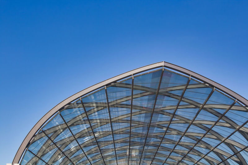 Sky Low Angle View Clear Sky Blue Built Structure Architecture Nature Copy Space Day No People Metal Pattern Building Exterior Outdoors Modern Building Sunlight Glass - Material High Section Arch Steel Train Station