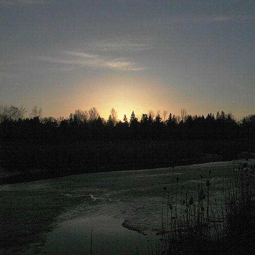 омск сибирь паркпобеды весна вечернийомск веснаидет Закат апрель  Omsk Siberia Spring April Evening VICTORYPARK Sunset