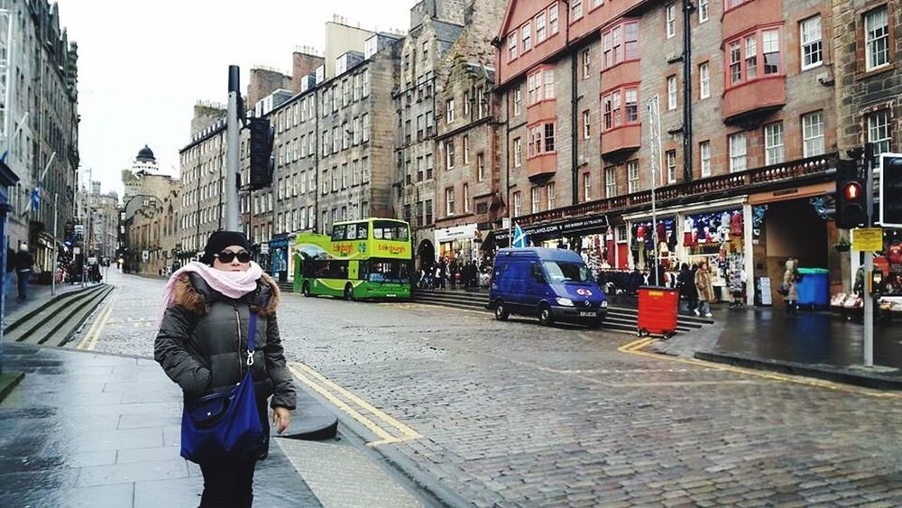Followme My Journey  Edinburgh CityWalk Taking Photos Travel Photography Discovering Places For My Own Photo Journal Travelingtheworld  Showcase: December BeingME Woman Traveler Being A Tourist Beautiful Nature Street Photography 😍❤️