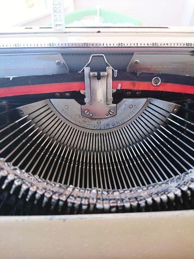 Typewriter Old-fashioned Indoors  No People Technology Close-up Day Noltalgic Vintage Art .... Nostalgia Nostalgicmoments