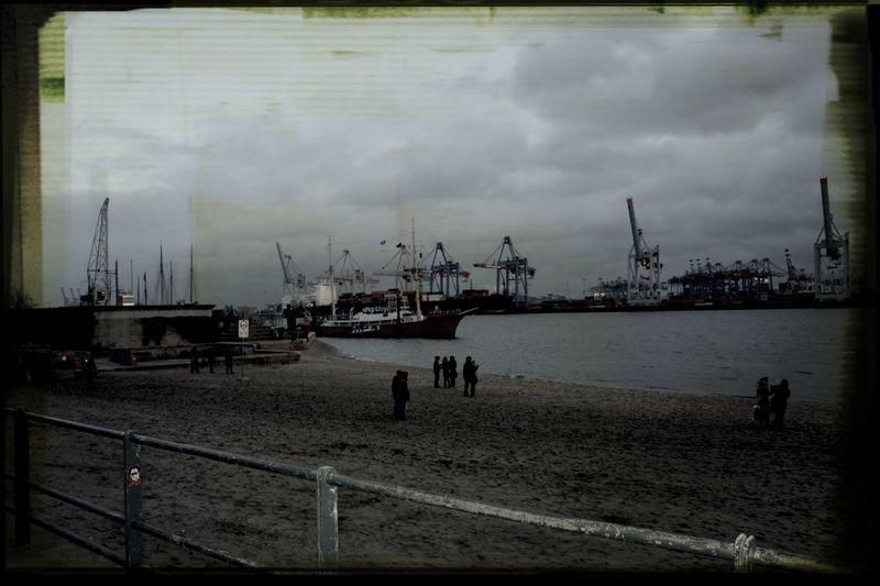 Hamburg Elbe Beach Taking Photos