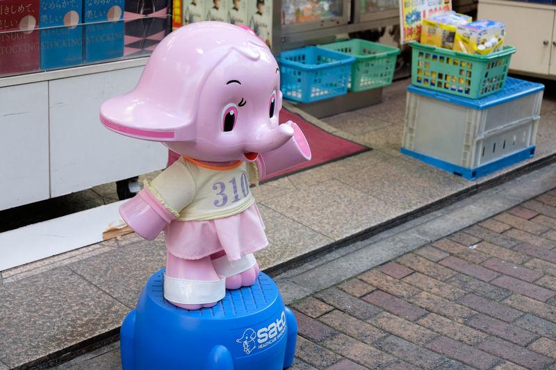銀座 Ginza Day Fujifilm Fujifilm X-E2 Fujifilm_xseries Ginza Ginza Tokyo Japan Japan Street Streetphotography Tokyo 日本 東京 銀座 さとちゃん