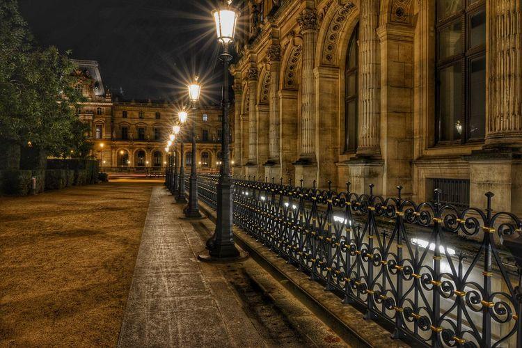 Louvre The Changing City Capture The Moment France I Love My City Paris EyeEm Les Lumières De La Nuit