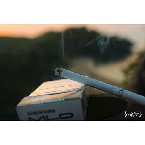 😪😪😪 Sunrise Pantai Sundak Gunungkidul Noefek Rokok Asap Canon Bokeh Djarumsupermld
