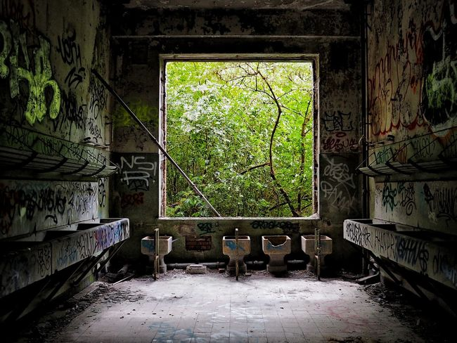 Restroom Indoors  Window Abandoned No People Day Built_Structure Architecture Abandonedhouse Decayporn Miles Away Europe Graffiti Indoors  History Urban Exploring Urban Photography POV Alone Time Urbex Urbexphotography Urbexunited Abandoned Building Abandoned Places Grime_nation Let's Go. Together.