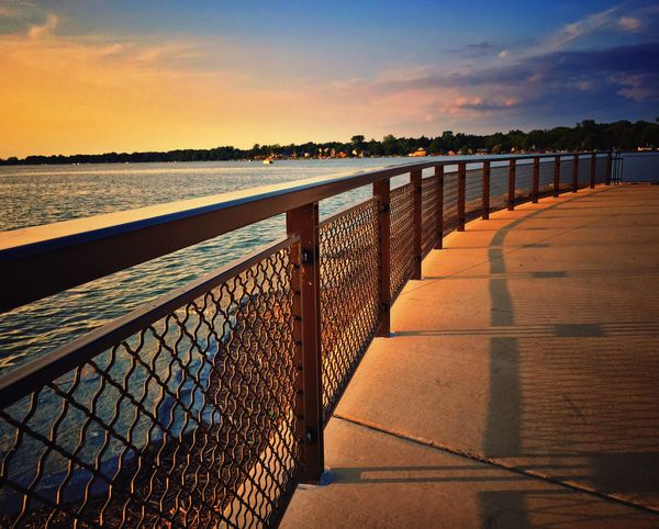 Sun setting at the Lakeside Park Iphone6 Lake Summertime Sunset IPhoneography Iphonegraphy