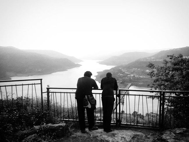 If only we stop by to admire the beauty in front of us. Lavasa Maharashtra_ig Maharashtra Punephotographylovers Puneclickarts Puneinstagrammers Streetphotography Street Blackandwhite Blackandwhitephotography Travellers Travellerslife Happytrip Lonelyplanet Lonelyplanet Betterphotography Indiapictures Indiaphotosociety _soi @puneclickarts @puneinstagrammers @lonelyplanetindia Nature