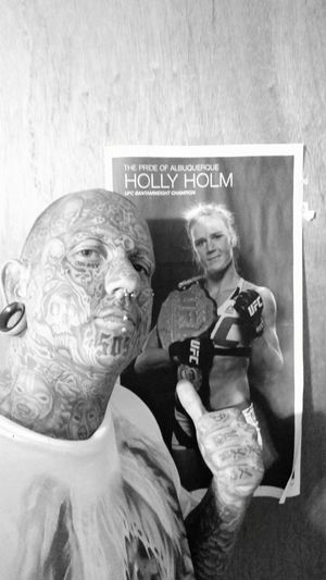 Thats holly home my home girl she the best from my city ! Much love keep up the good work mma MMA Fighter Homegirl  First Eyeem Photo Selfie😎 Body Modification Selfie Time Eyemphotography Art Collection