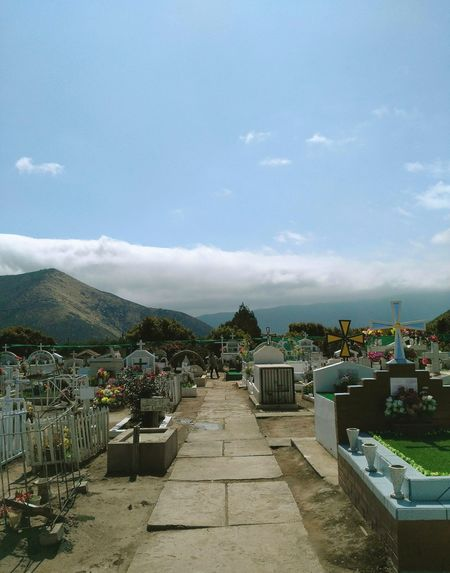 San Lorenzo Cementerio 5Region Chile Valley Clouds