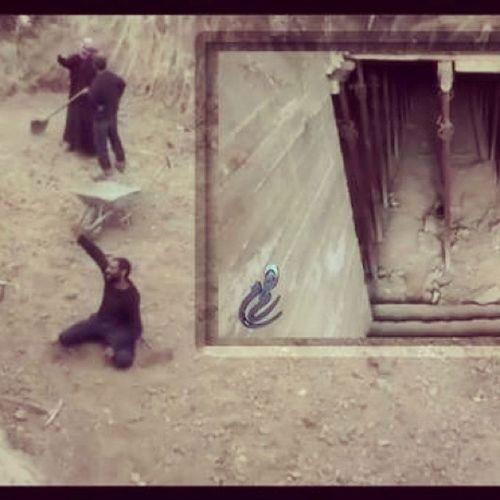 جبهة_تعني_بشؤون المسلمين جبهة_النصرة تقوم ببناء ملاجئ لحماية الناس من القصف بريف حمص http://t.co/cS72Hj7jli