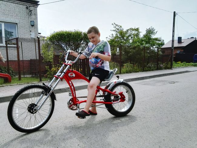 Hopper Child Children Only Full Length Bicycle Childhood Boys Transportation Headwear Bmx Cycling People Outdoors Day Two People Cycling Helmet Friendship Mix Yourself A Good Time