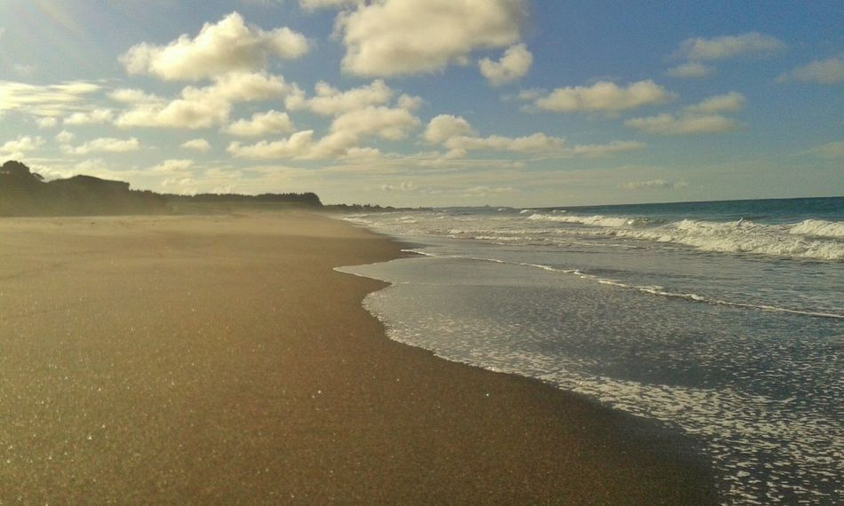 Found this massive beautiful beach with no one on it. Feeling Lucky Surf Photography EyeEm Nature Lover The Sea Is Healing Newzealandphotography Beaches Bluetastic Peace And Quiet
