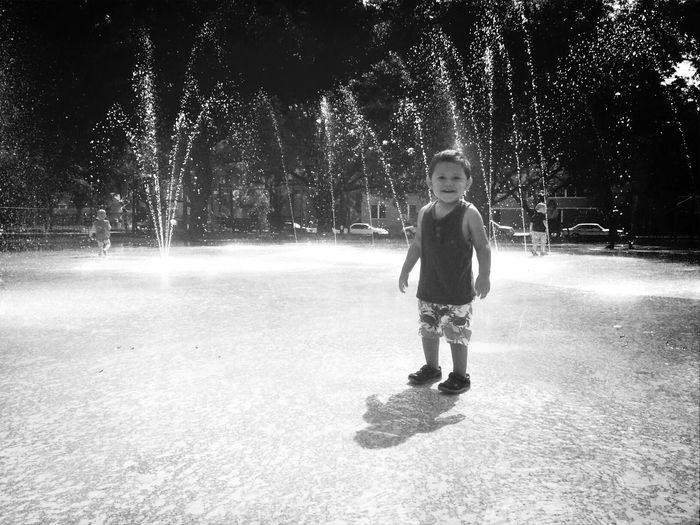 Happy Splashing Water 25 Days Of Summer