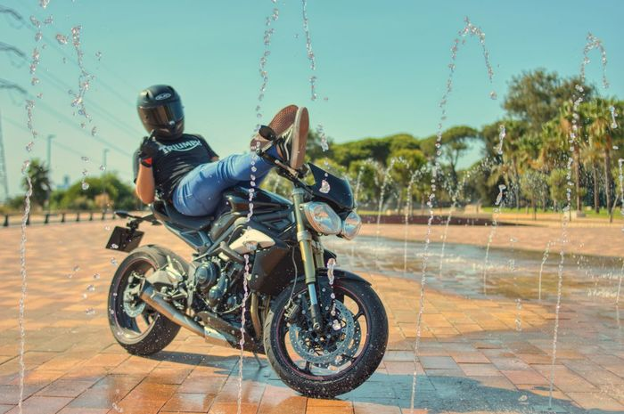 Triumph Street Triple Triumph Triumph Motorcycle Huelva 35mm 35mm Film D3200