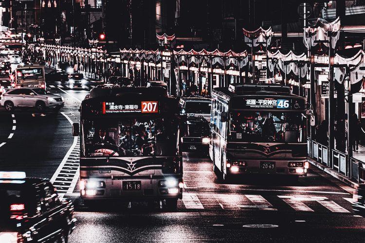 Traffic Bus