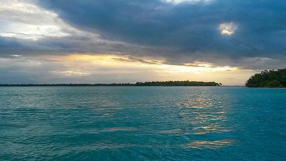 Sunshine Bora Bora  Charming Relaxing Beautiful Sea