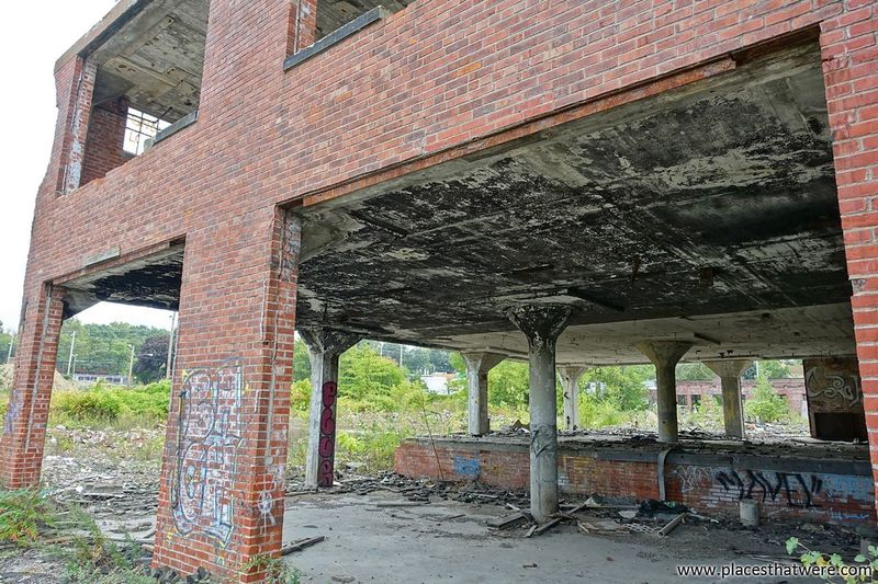Burned-out. www.placesthatwere.com Burned Out Burned Building Burnt Abandoned Buildings Abandoned Abandoned Places Urban Exploration Ruins Abandoned Building Urbex Abandoned & Derelict Factory Building Abandoned Factory Abandoned Ohio Architecture Creepy Brick Building Urban Decay Rust Belt Eerie Fire Damage Brick Building Exterior No People Cleveland