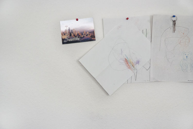 Postcard Seattle Art And Craft Blank Childrensdrawing Communication Creativity Drawing - Art Product Indoors  Key Kidsdrawing No People Office Wall Paper Pencil Sketch Still Life Wall - Building Feature White Color