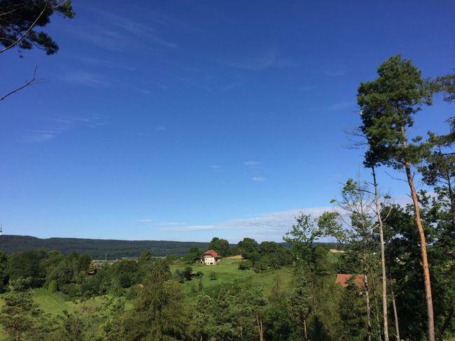 Blue Calm Einsam Haus Am Berg Remote Ruhe Und Stille Summer Tourism Tree Vacations