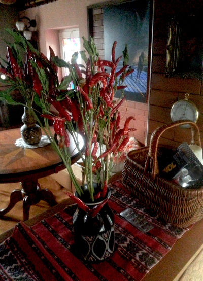 bouqet of chili Bouqet Of Chili Bouqet Of Tulips Bouquet Chair Chili  Day Flower Flower Arrangement Fragility Freshness Home Interior Illuminated Indoors  Nature No People Plant Red Table Vase