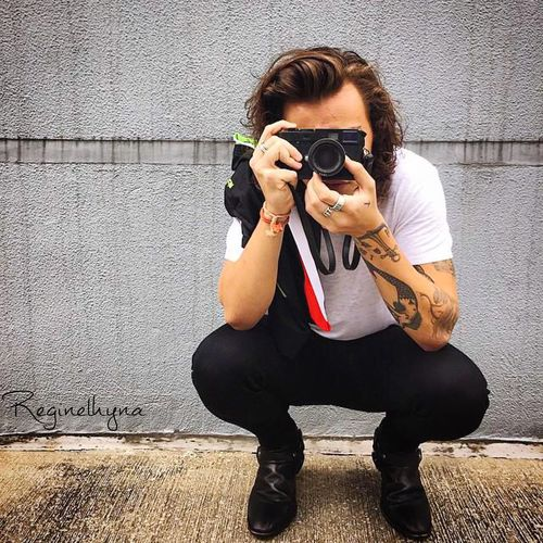 I'm really sure that Harry Styles Loves Taking Photos 😊. That's Me Moments Silhouette_solo EyeEm Gallery Onedirection Getting Inspired Favorite