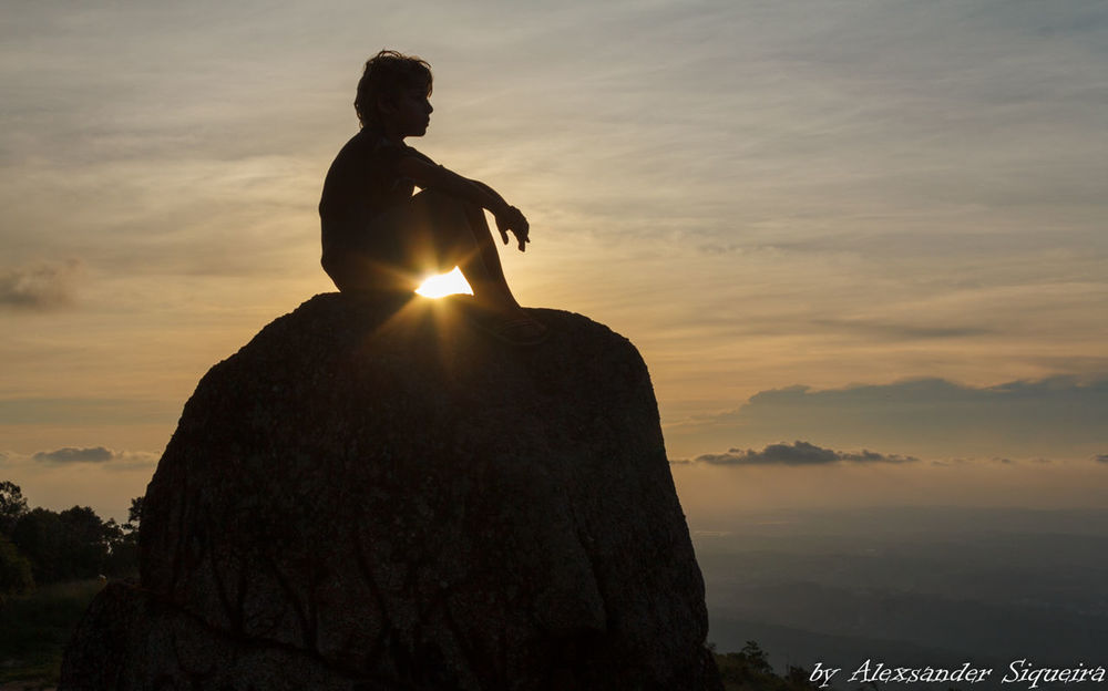 Filho One Person Pico Do Urubu Por Do Sol Siluet Sunset Young Adult