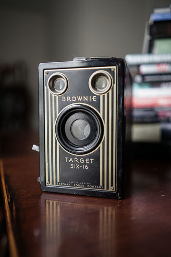 Brownie Camera Brownie Target Camera Vintage Cameras Antique Antique Camera Antique Cameras Camera - Photographic Equipment Close-up Day Focus On Foreground Indoors  No People Old-fashioned Photography Themes Retro Styled Selective Focus Six16 Vintage Camera