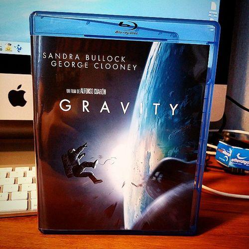 Arrivage Bluray du jour : Gravity Clooney Bullock oscar
