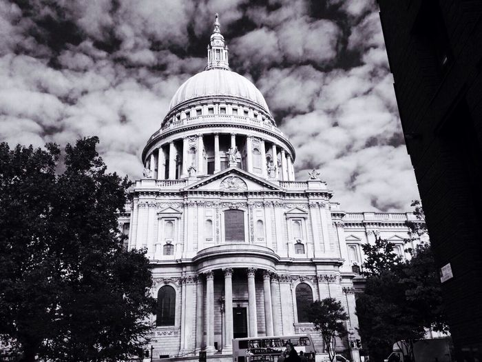 Great Britain London Sky Blackandwhite Hello World My World ♥ My Passion My Town My New Life  Power In Nature