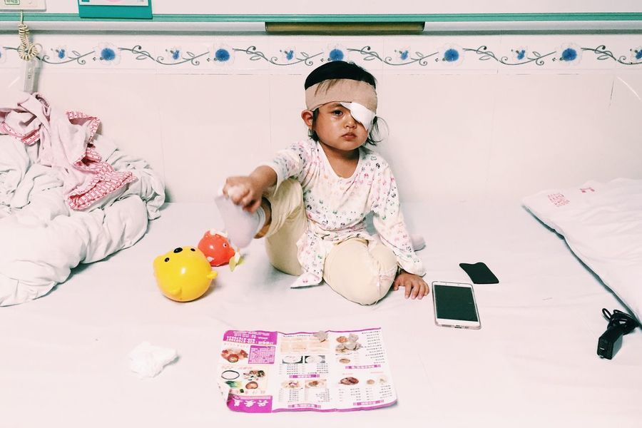 little girl Children Girl China Hospital Popular Photos People Cute
