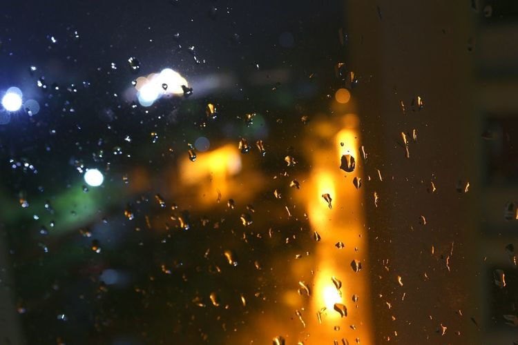 No People Night Close-up Multi Colored Water Nature Dropsofwater Rain Windowview Rainy Days RainDrop Illuminated Backgrounds Nature Indoors  Indoors  Been There. EyeEmNewHere Paint The Town Yellow Indoors  The Week On EyeEm Indoors  Outdoors Beauty In Nature Textured