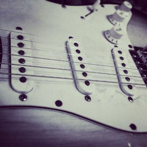 Fenderstratocaster Fender Fenderguitar Stratocaster guitar
