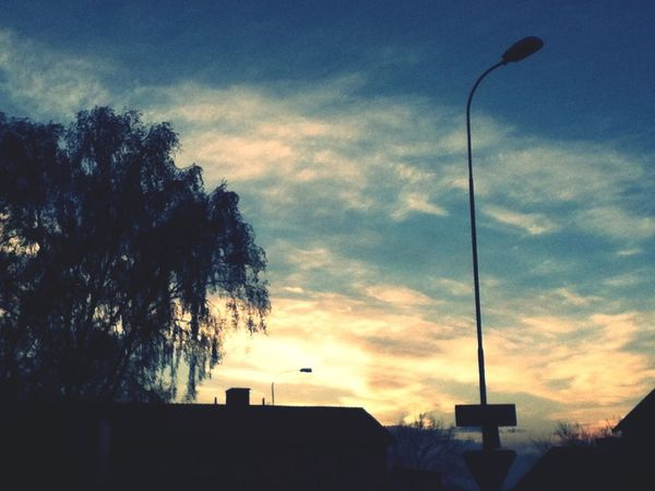 Sunset Sky Light And Shadow Enjoying The Sunset