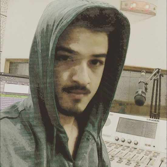 I was raised to become a Lawyer , wanted to be a Tennis player, used to sing at School functions, got into Engineering , tried to get into Politics , almost got into a Bschool , was offered to Model for a project..but somehow ended up being a radio jockey eventually. I better get to work while the red light is on lol! Life is Strange Anythingcanhappen RJ Dj Radio Music Life Aspirations Destiny Career Hoodie Onair Liveshow Selfie at Work