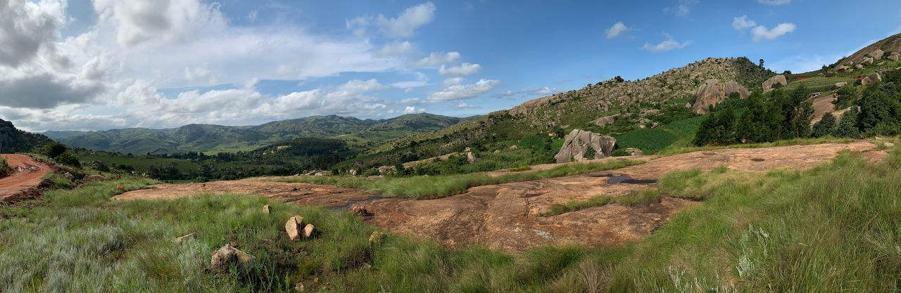 Panorama, Sibebe Rock in Swaziland Sibebe Eswatini Swasiland Swaziland  Panoramic Landscape_Collection Landscape_photography Berge Mountains And Sky Mountain No Filter ShotOnIphone Landschaft Landscape Panorama Beauty In Nature Sky Cloud - Sky Tranquil Scene Environment No People Nature Plant Scenics - Nature Day Tranquility Tree Land Growth My Best Photo