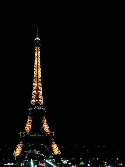 這趟旅程最滿意的居然是最不期待也不渴望的她,巴黎