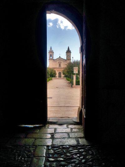 Open door Door Church