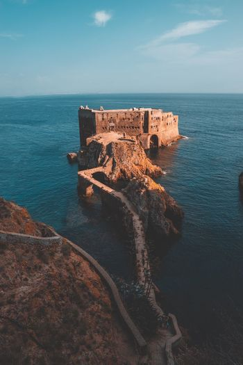 Berlengas Germany Panorama Landscape Landmark Wanderlust Sky And Clouds Beautiful Beautifuldestinations Wonderful Place Bucketlist Travel Destinations Nature Photography Sony Sony A6000 Fromwhereidrone Nature_collection Naturelovers Surf Castle Fort EyeEm Selects Sea Water Horizon Over Water Sky Horizon Nature Architecture Beauty In Nature Tranquility