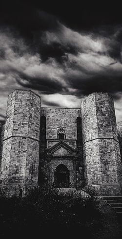 EyeEmNewHere Freedom Wild Architecture Built Structure Old Ruin History Building Exterior Cloud - Sky Sky No People Medieval Day Outdoors Nature Blackandwhite Andria Casteldelmonte Puglia Italy Italia
