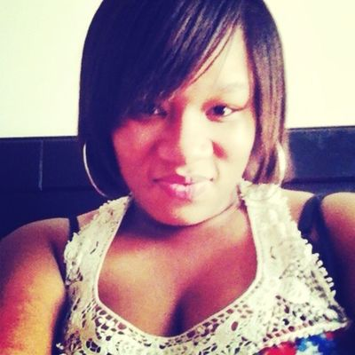 Eww my face is so fat ...#pregnantShxt