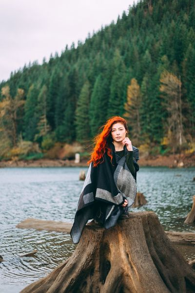 Outdoors Day Lake Portrait Forest Smiling Looking At Camera Beauty In Nature Adult Mountain Only Women Leisure Activity Young Women Happiness