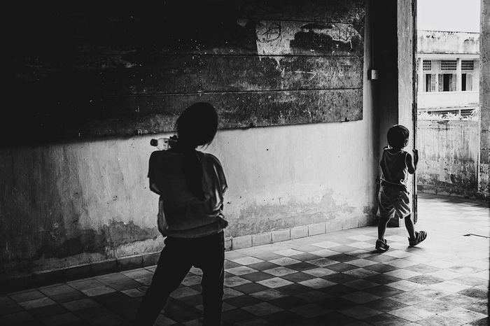 Cambodia Children Kids Blackandwhite Black And White Black & White Blackandwhite Photography Black And White Photography Black&white B&w Streetphotography Streetphoto_bw Streetphotography_bw Black And White Friday