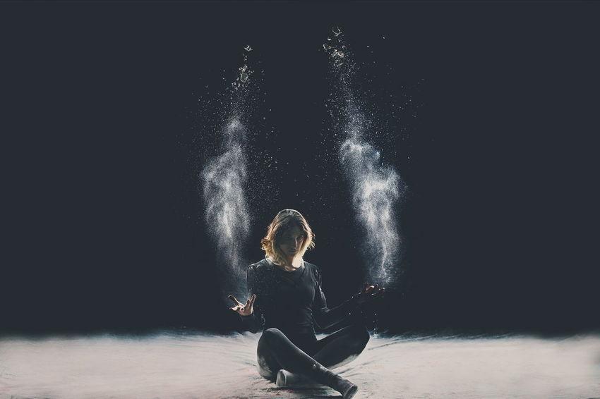Flour Dance Photoshoot Strobist Art Darkness